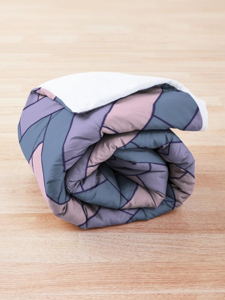 Alternate view of Geometric Pattern: Herringbone: Iris Comforter