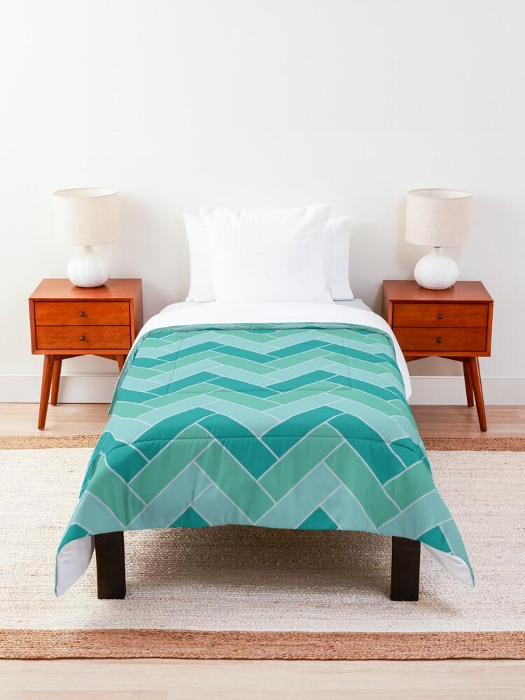 Alternate view of Geometric Pattern: Herringbone: Moss Comforter
