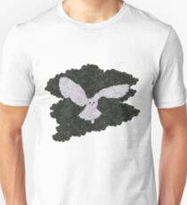 Owl in the night Unisex T-Shirt