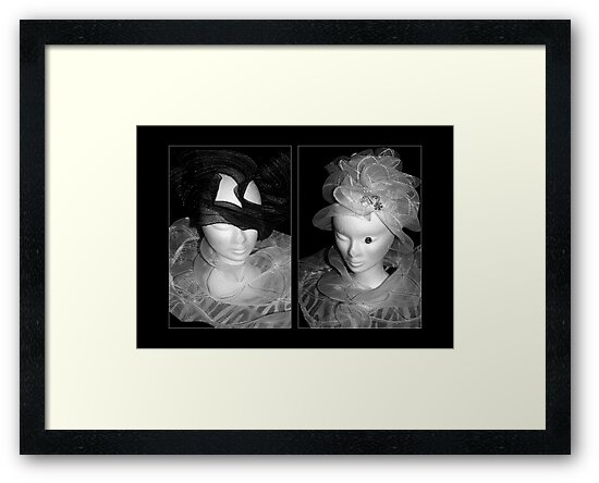 Tulle hats and collars - BW by steppeland