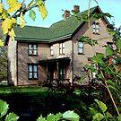 the house by deegarra
