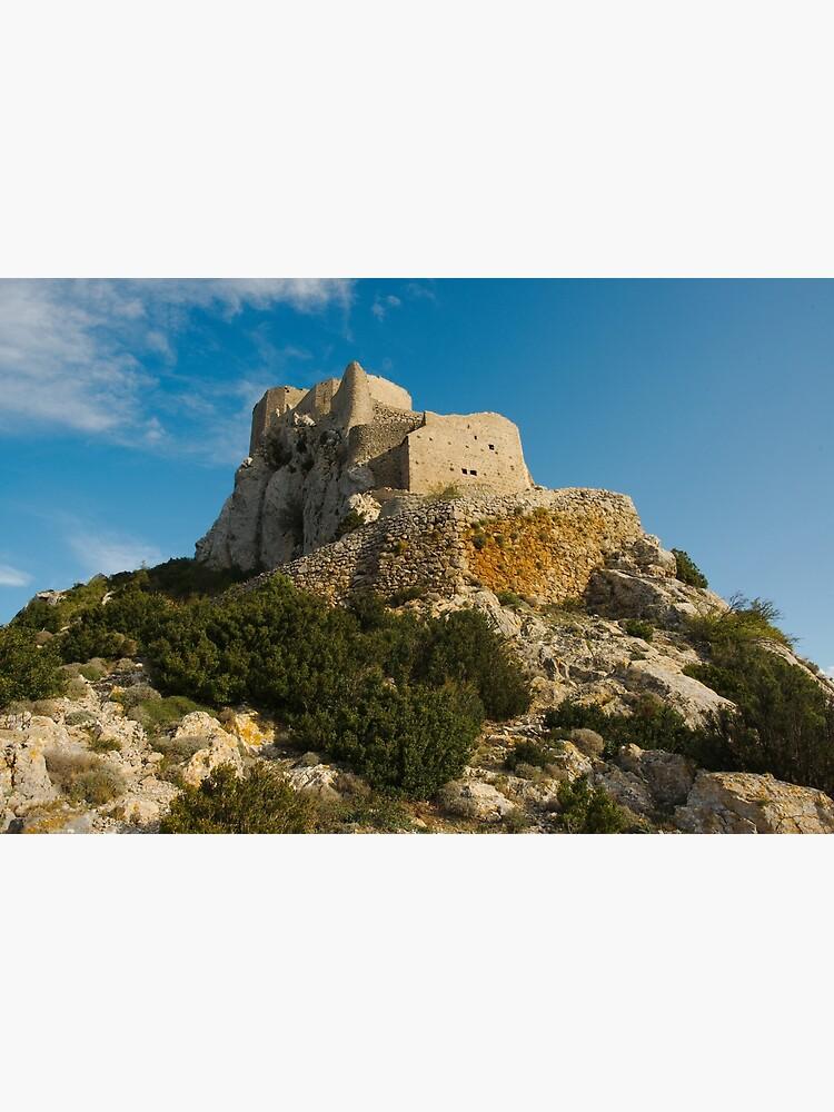 «Contre-plongée au pied du château de Quéribus» par PhilippeContal
