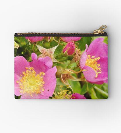 Wild Roses Zipper Pouch
