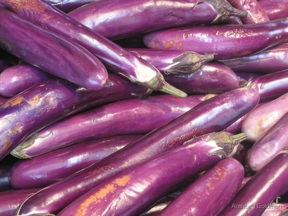 Purple at the market by jozi1