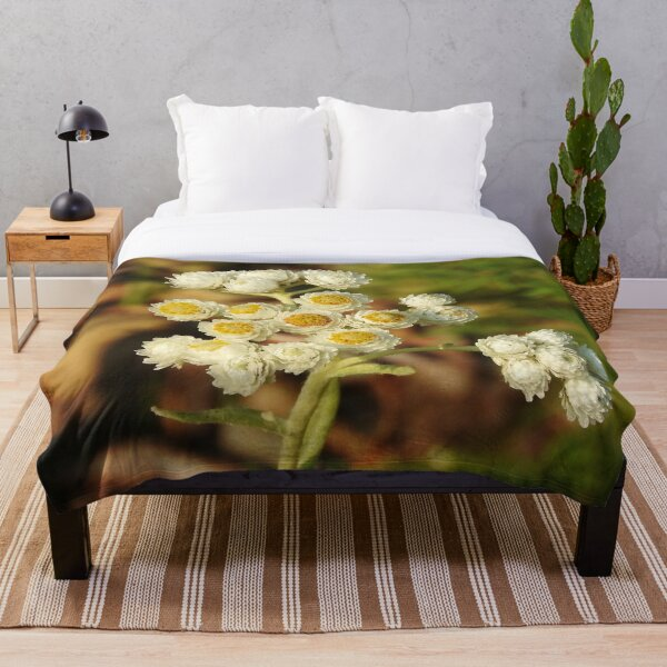 Pearly Everlasting Wildflowers Throw Blanket