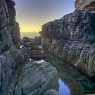 Sydney secret gorge by donnnnnny