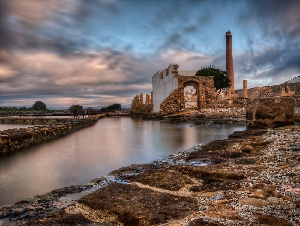 La vecchia tonnara  by Andrea Rapisarda
