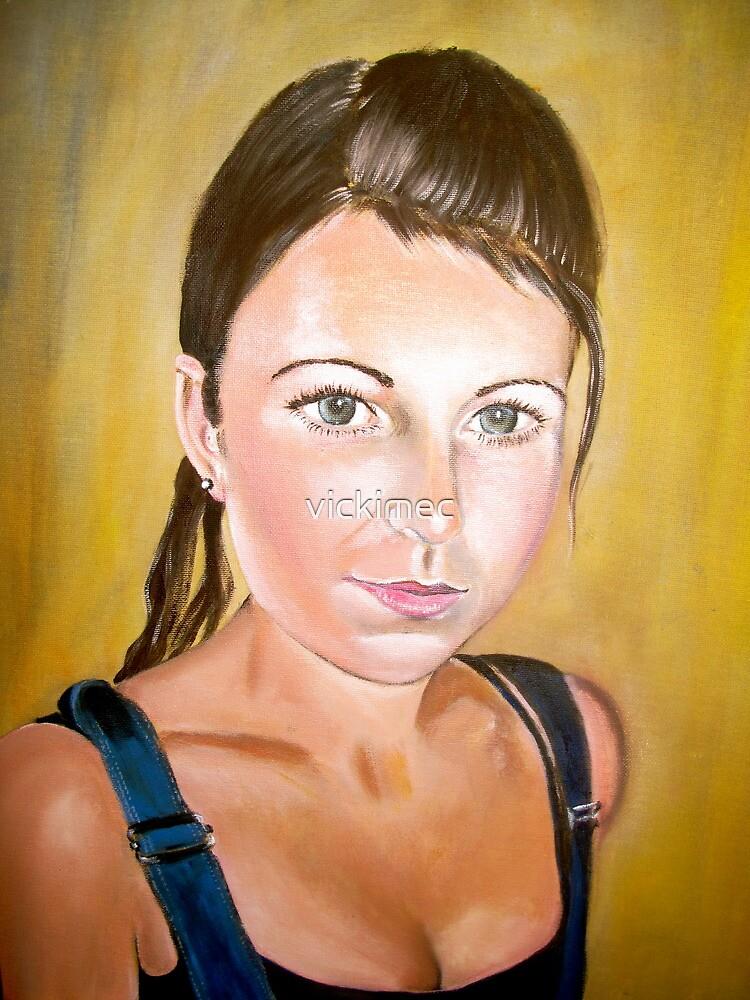 Maria's eyes by vickimec