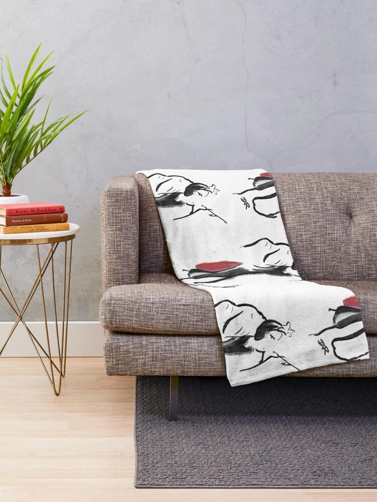 Alternate view of Where Pictures Shine - Cruella De Vil Throw Blanket
