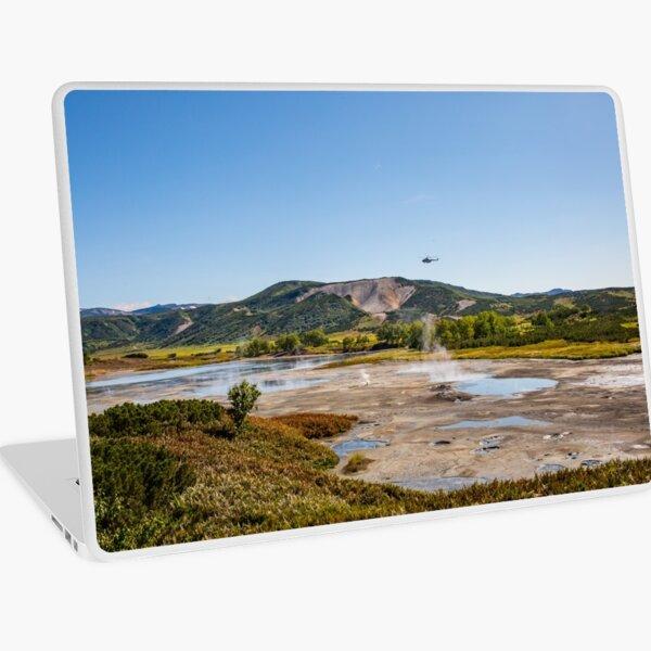 Bear Resort: Caldera Uzon Laptop Skin
