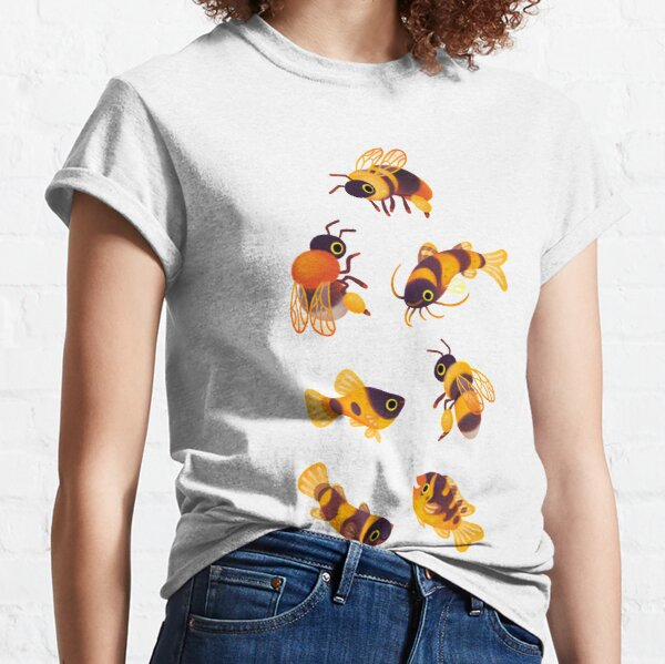 Bumblebee and fish Classic T-Shirt