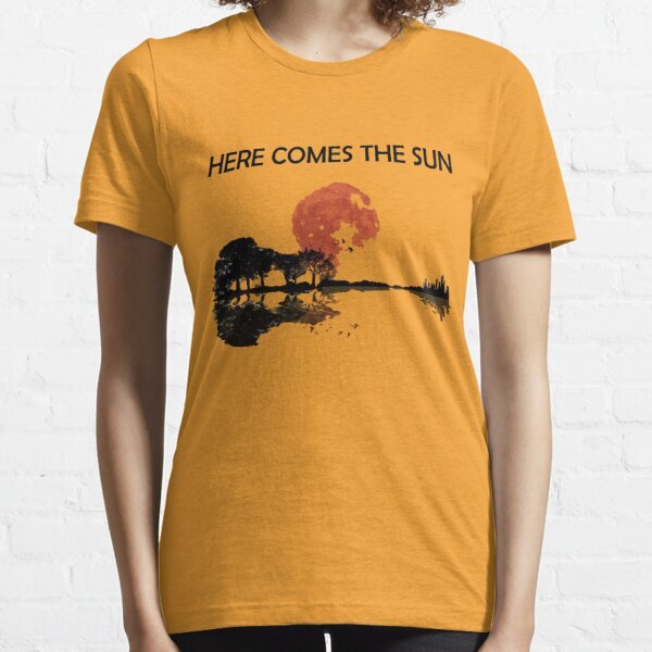 Vintage Retro Here Comes The Sun Essential T-Shirt