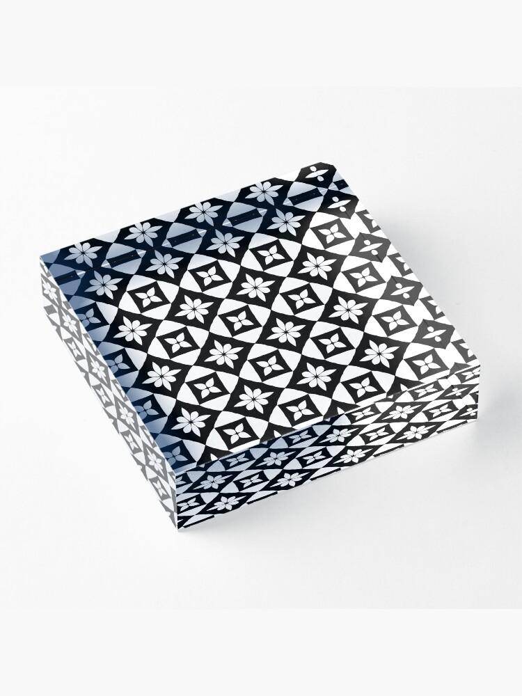 Vista alternativa de Bloque acrílico Floral Geometric Fake Lace pattern