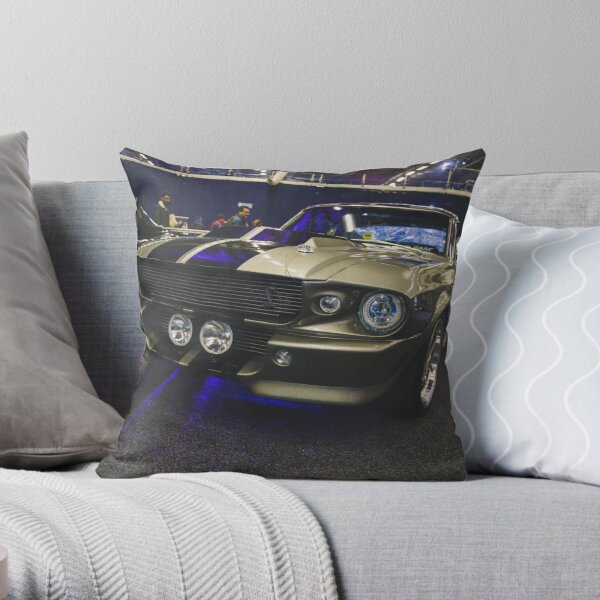FORD MUSTANG ELEANOR SHELBY GT500 1967 Throw Pillow