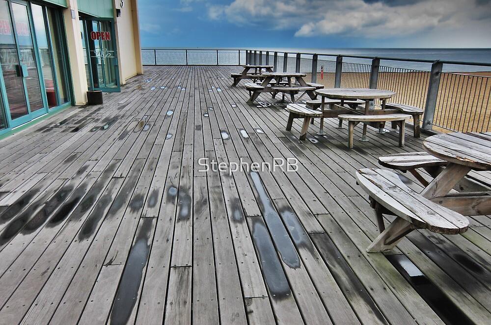Wellington pier by StephenRB
