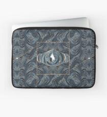 CRazy Oil PaintinG Blue/Grey Eye Laptop Sleeve