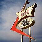 Four Aces motel by Karol Franks