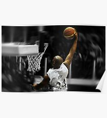 Flying toward the hoop - Dunk Poster