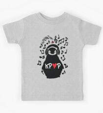 Penguin listen to kpop Kids Tee
