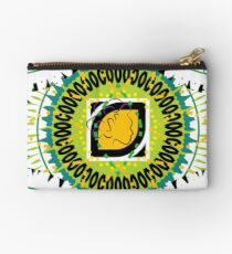 Beach Style for the Maiden Zipper Pouch