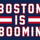 «Boston Is Boomin - Marina» de SaturdayAC