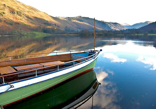 Sailing on Ullswater. by Trevor Kersley