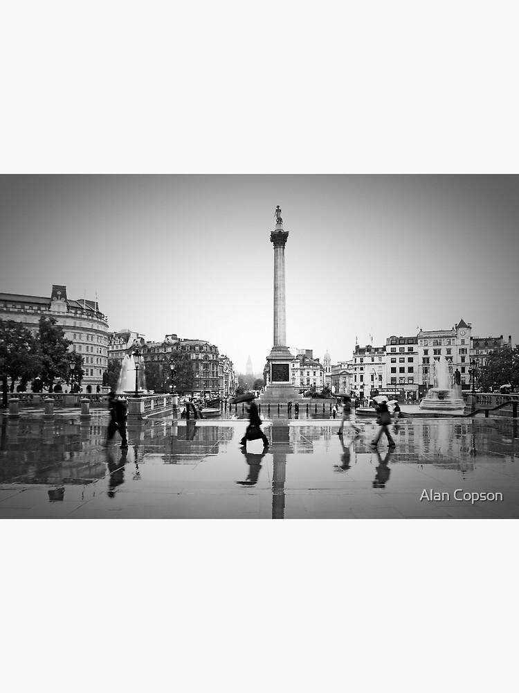 London. Trafalgar Square in the rain. (Alan Copson ©) by AlanCopson