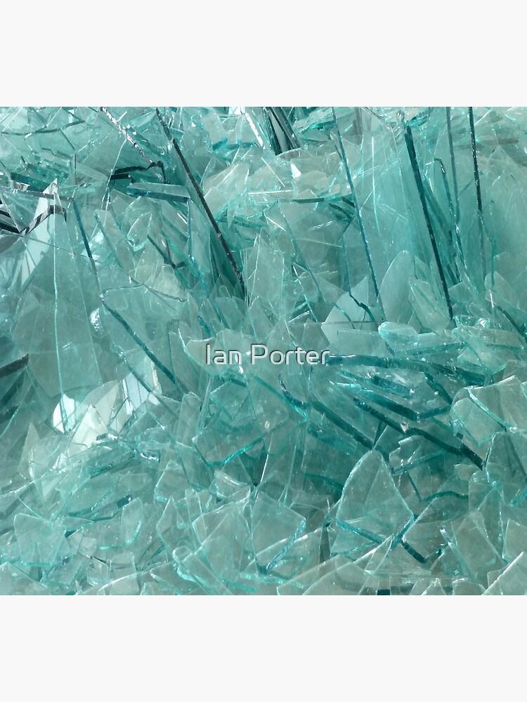 Broken Glass by procrest