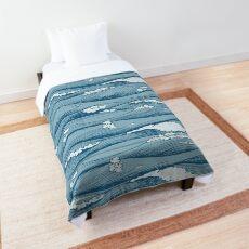 waves hills Comforter