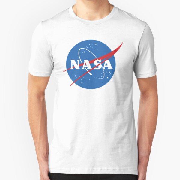 Treten Sie noch heute dem NASA-Team bei! Slim Fit T-Shirt
