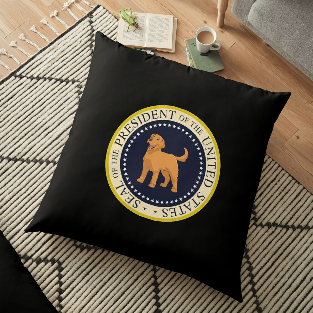 My  Golden Retriever President Of The United States - Funny Golden Retriever Mom Dad Gift Seal of the President 2020 Floor Pillow