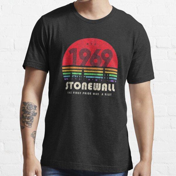 worldprice nyc Essential T-Shirt