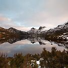 A Winters Day at Cradle Mountain by tinnieopener