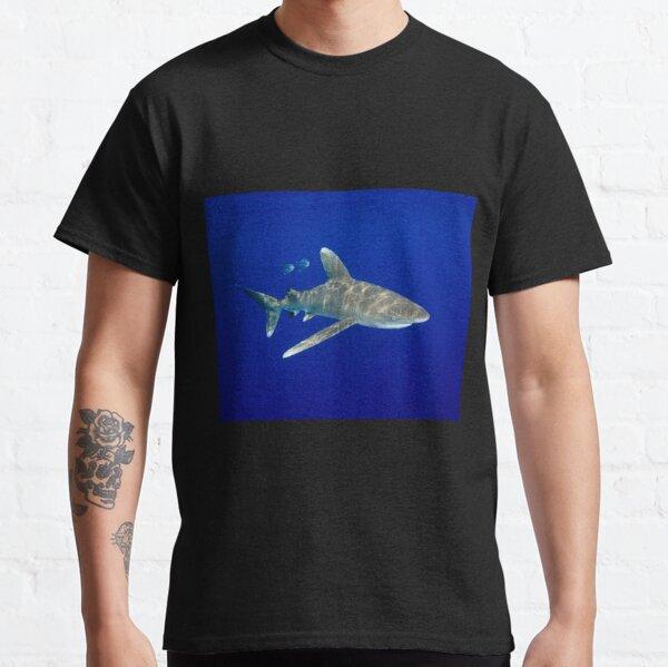 An Oceanic White Tip Shark Cruising in the Deep Blue Classic T-Shirt