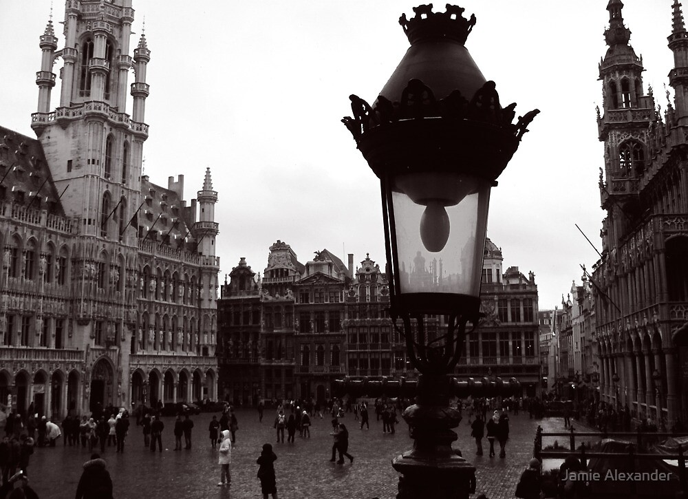 La Grand Place / De Grote Markt - Brussels by Jamie Alexander
