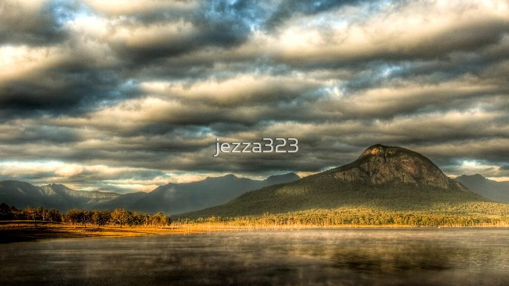 Lake Moogerah - Early Morning Mist by jezza323