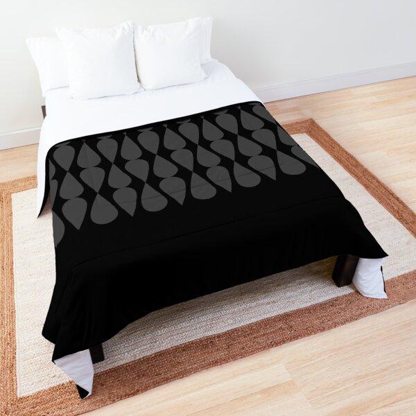 Suze Comforter