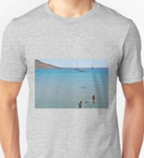 Swimming the dog Unisex T-Shirt