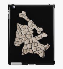 Marowak used earthquake iPad Case/Skin