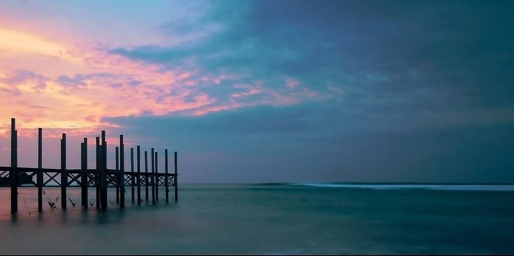 bali sunset by stiddy