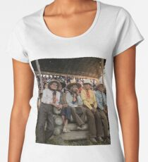 Crow Native Americans watching the rodeo at Crow fair in Montana, 1941 Premium Scoop T-Shirt
