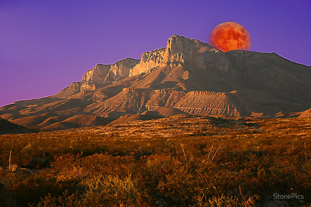 Moonrise- El Capitan- Guadalupe Mountains National Park by StonePics