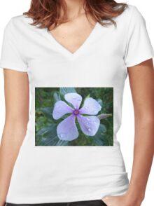 Dew Drops on Vinca Rose Women's Fitted V-Neck T-Shirt