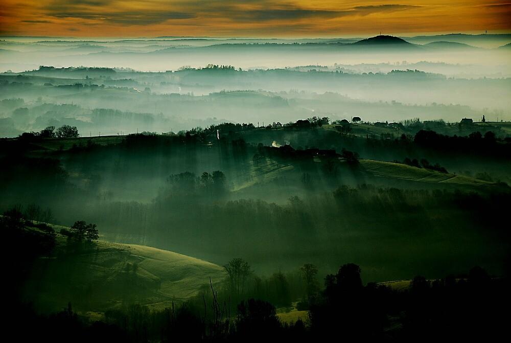 December Dawn by loinfr