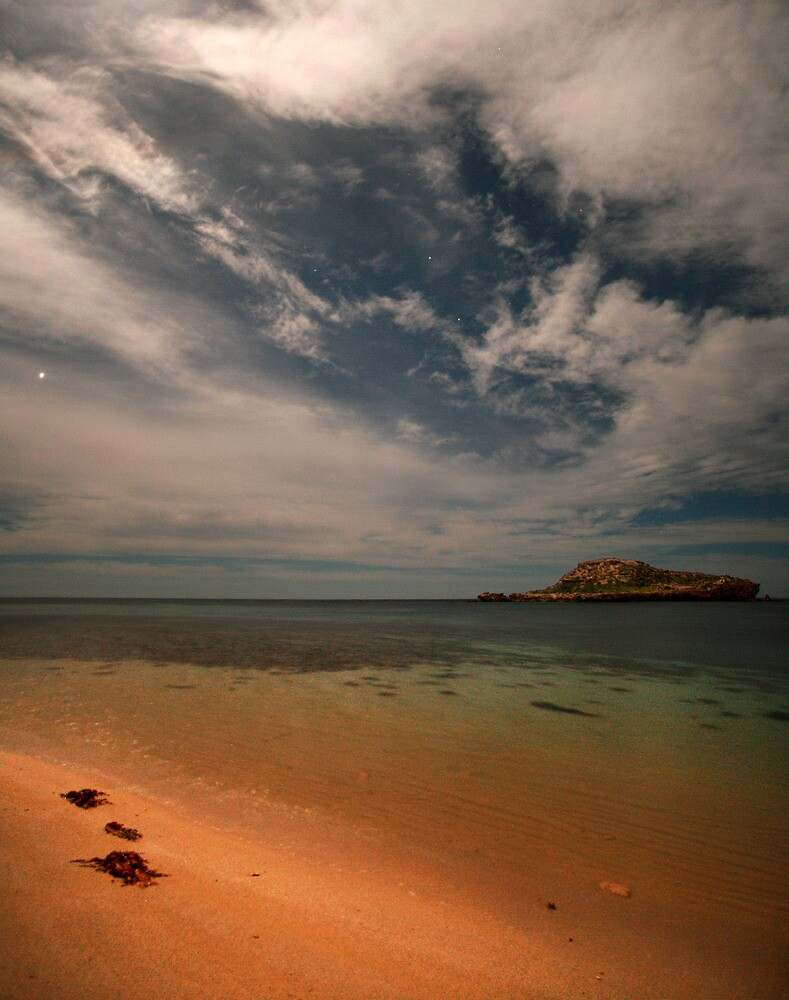 Chinaman's Hat Island by pablosvista2