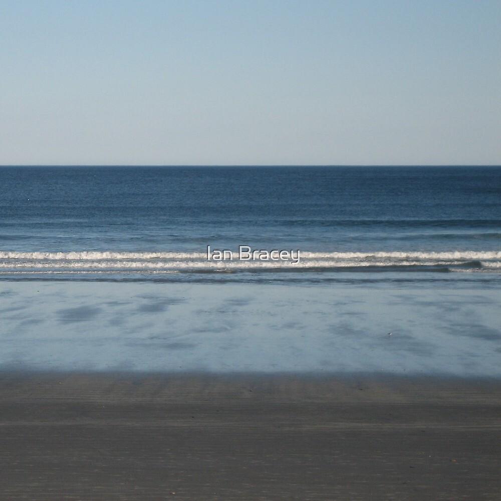 Atlantic Beach, New England by Ian Bracey