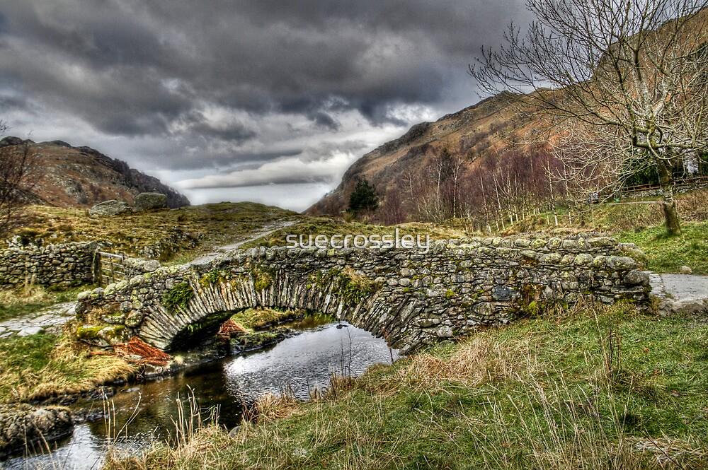 old stone bridge by suecrossley