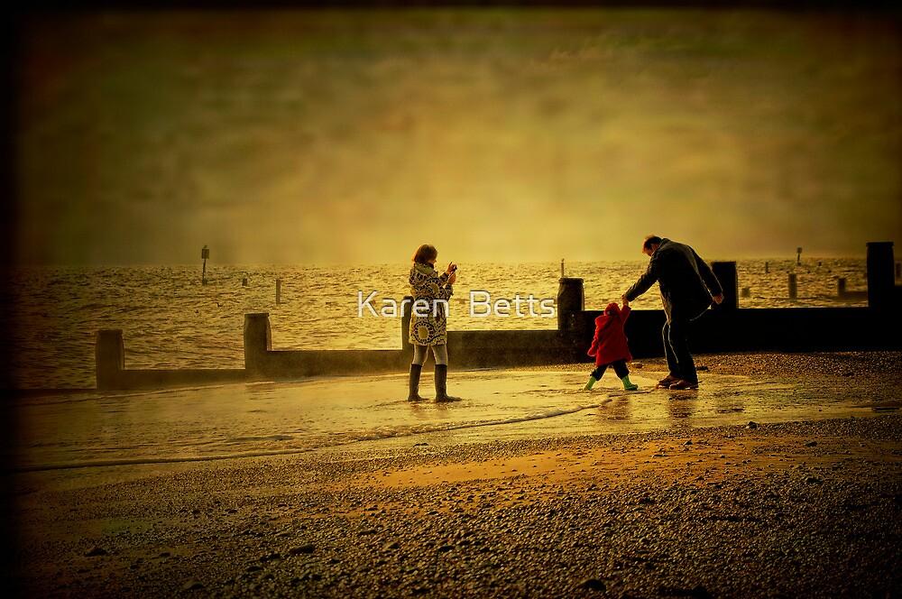 Beach time by Karen  Betts