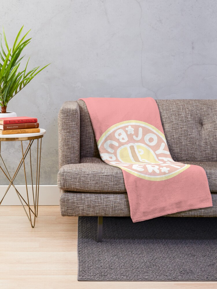 Alternate view of Pastel Joyful Burger Doodle - The Amazing World of Gumball Throw Blanket