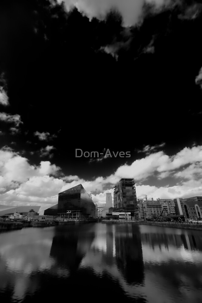 Water, sky nad glass. by Dom-Aves